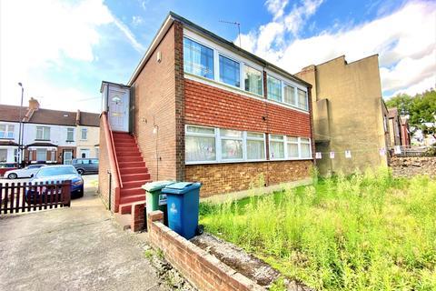 2 bedroom maisonette for sale - Masons Avenue, Harrow, HA3