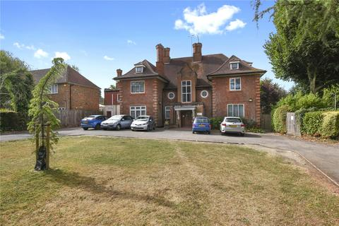 2 bedroom flat to rent - Frithwood Avenue, Northwood, Middlesex, HA6