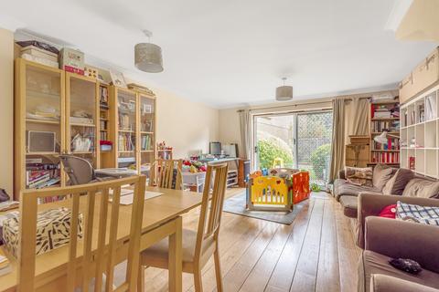 3 bedroom house to rent - Collett Road, Bermondsey, SE16