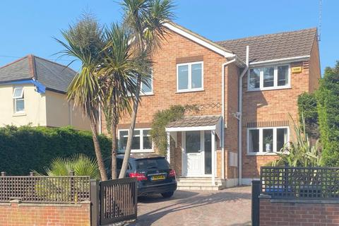 4 bedroom detached house for sale - Guest Avenue, Poole, BH12 1JB