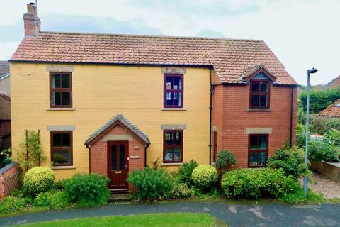 4 bedroom detached house for sale - Beckside, Barmby Moor