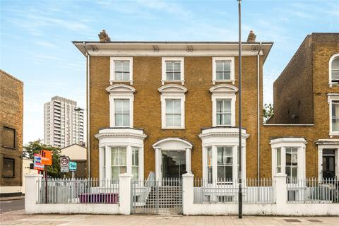 3 bedroom flat for sale - Bow Road, London, E3