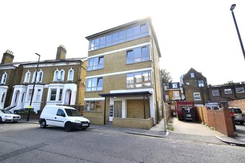 2 bedroom penthouse for sale - Cherington Road, Hanwell