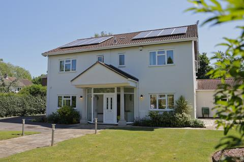 4 bedroom detached house for sale - Thorncliffe Drive, Cheltenham, GL51