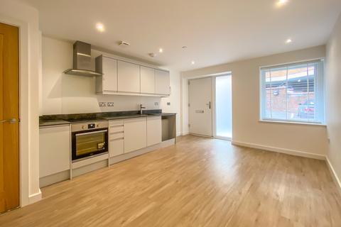 1 bedroom ground floor maisonette to rent - Spectrum House, Woking