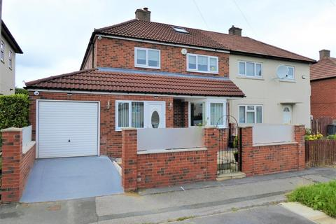 4 bedroom semi-detached house for sale - Bath Close, Bramley