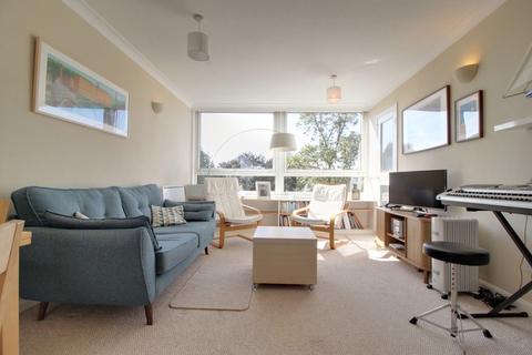 2 bedroom apartment for sale - Warwick Crest Arthur Road