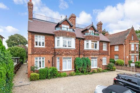 2 bedroom flat to rent - Hartingdon House, 185 Hills Road, Cambridge