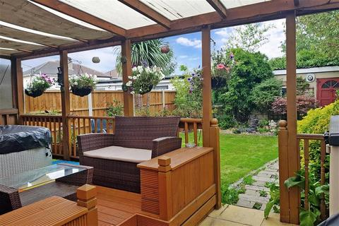 3 bedroom semi-detached house for sale - Cherry Tree Lane, Rainham, Essex