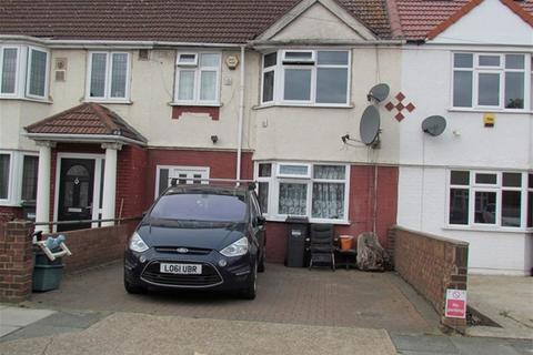 3 bedroom terraced house for sale - WAYE AVE, Hounslow