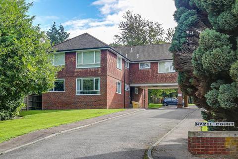 1 bedroom flat for sale - Hazel Court, Warlingham, Surrey, CR6 9SD