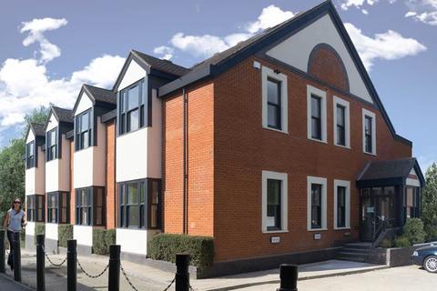 3 bedroom flat for sale - BOURNE END