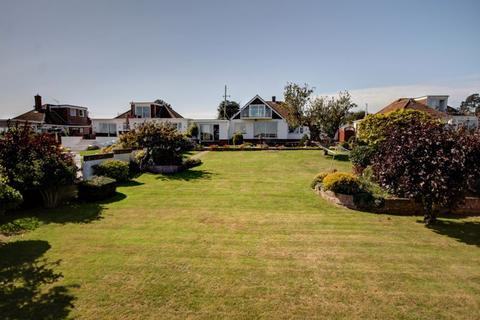 4 bedroom bungalow for sale - Deepway Gardens, Exeter