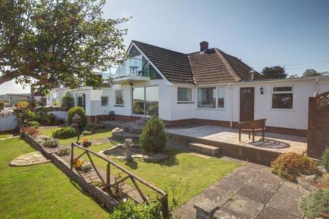 4 bedroom bungalow for sale - Deepway Gardens, Exminster