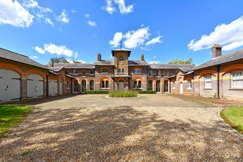 7 bedroom equestrian property to rent - Battlesden, Buckinghamshire, MK17