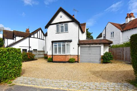 3 bedroom detached house to rent - Baring Crescent, Beaconsfield, Buckinghamshire, HP9