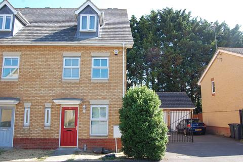 3 bedroom terraced house for sale - Morgan Close, Saxon Gate, Luton