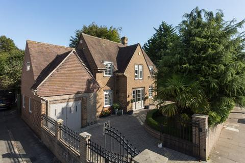 4 bedroom detached house for sale - Broadway West, Fulford, York, YO10
