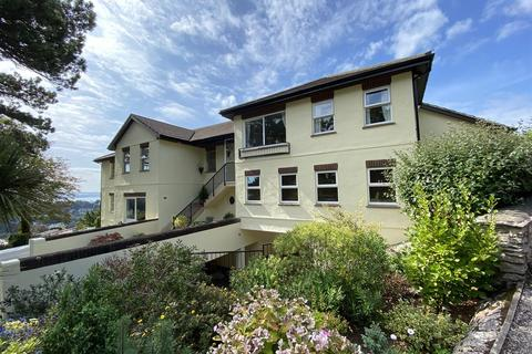 2 bedroom apartment - Sutherland Road, Torquay