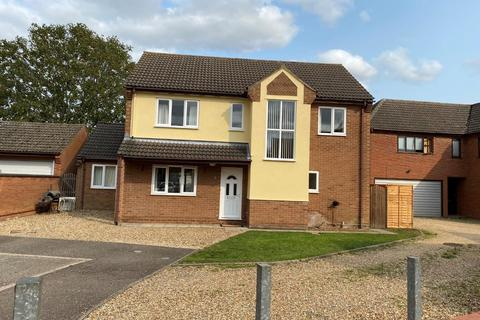 4 bedroom detached house to rent - Homestead Drive,Beck Row