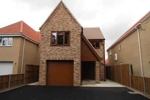 4 bedroom detached house to rent - Kingsway,MIldenhall