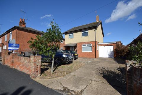 3 bedroom detached house for sale - Station Road, Southminster