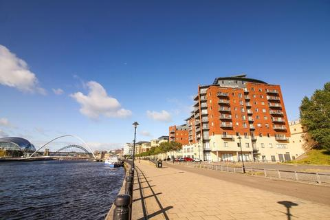 2 bedroom flat for sale - Quayside, Newcastle Upon Tyne