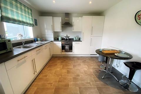 2 bedroom apartment - Mackley Court, East Benton Rise, Wallsend, NE28
