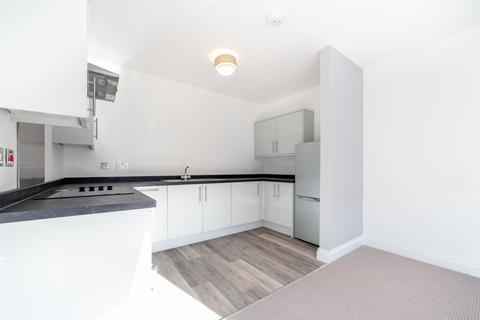 2 bedroom flat to rent - *Newly Refurbished* - Bridge Street, Morpeth