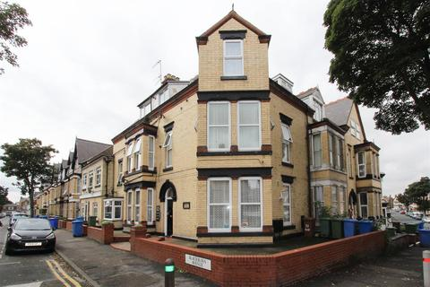 1 bedroom block of apartments for sale - Blackburn Avenue, Bridlington