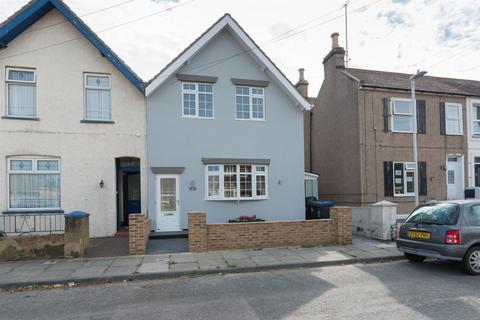 3 bedroom semi-detached house for sale - York Terrace, Birchington