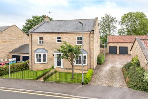 4 bedroom detached house for sale - Chaly Fields, Boston Spa, West Yorkshire, LS23