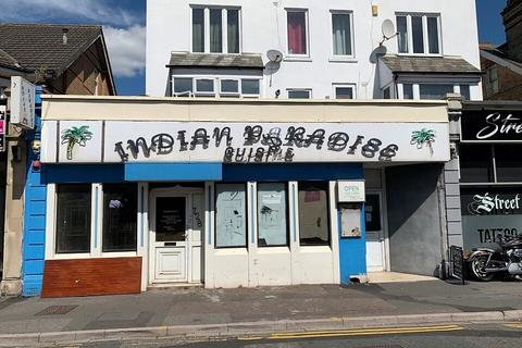 Retail property (high street) to rent - 728 Christchurch Road, Boscombe, Bournemouth BH7