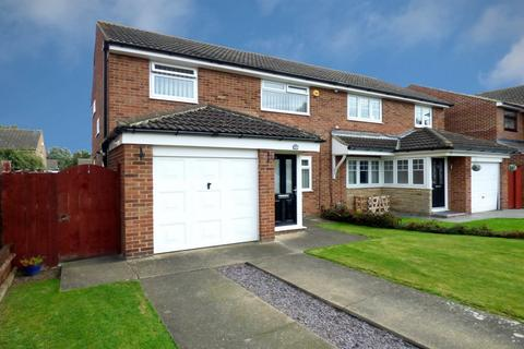 3 bedroom semi-detached house for sale - Osprey Close, Norton, Stockton On Tees, TS20