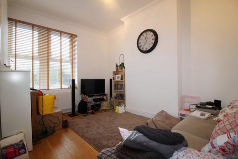 1 bedroom flat to rent - Tooting High Street