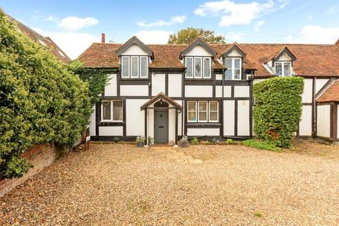 3 bedroom semi-detached house for sale - Lake End Road, Taplow, Maidenhead, Berkshire, SL6