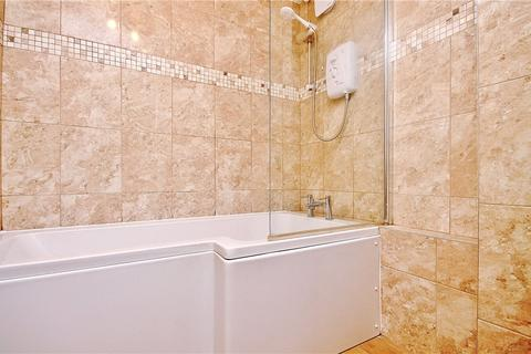 2 bedroom apartment to rent - Dorchester Court, Greenlands Road, Staines-upon-Thames, Surrey, TW18