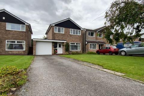3 bedroom detached house for sale - Harold Avenue, Dukinfield, SK16