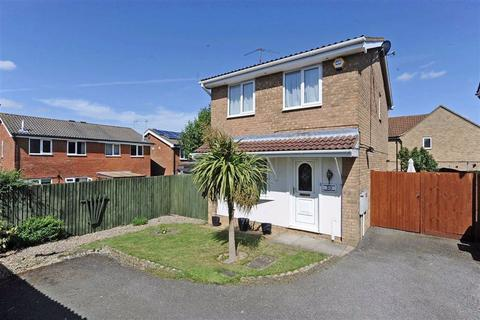 2 bedroom detached house for sale - Spey Close, Wellingborough