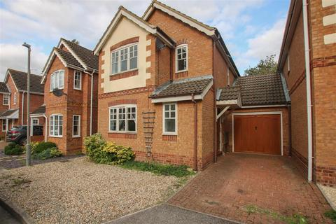 3 bedroom link detached house for sale - Holly Drive, Aylesbury