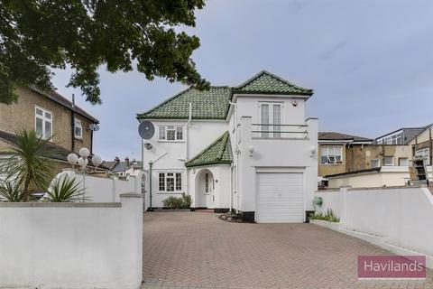 5 bedroom detached house for sale - Shrubbery Gardens, Winchmore Hill