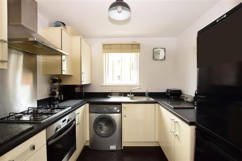 2 bedroom flat for sale - Tudor Crescent, Portsmouth, Hampshire