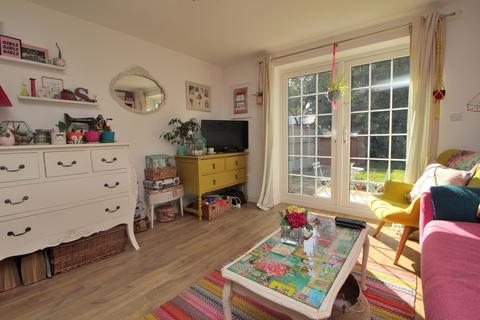 1 bedroom ground floor flat for sale - Third Avenue, Chelmsford, Essex, CM1