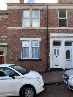 2 bedroom apartment to rent - Moore Street, Gateshead