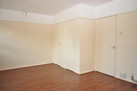 Studio to rent - Crasswell Street Portsmouth PO1