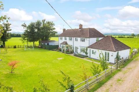 5 bedroom detached house for sale - Bishopstone, Aylesbury, Buckinghamshire, HP17