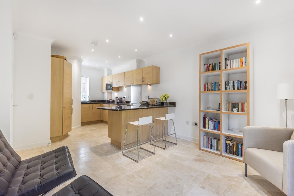 Living Room\Kitchen