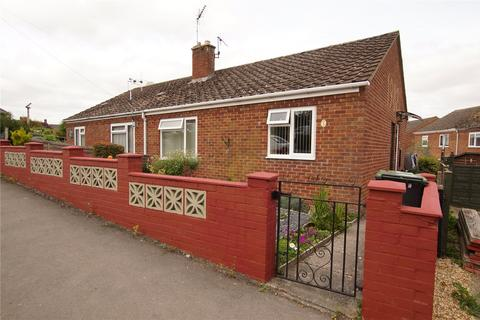 1 bedroom bungalow for sale - Chettell Way, Blandford St. Mary, Blandford Forum, Dorset, DT11