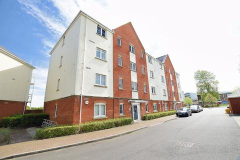 2 bedroom ground floor flat to rent - The Piazza, Rimini House, Jim Driscoll Way, Cardiff Bay, Cardiff. CF11 7JR