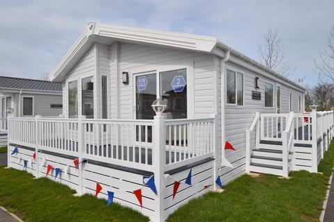 2 bedroom lodge for sale - Birchington Vale, Birchington